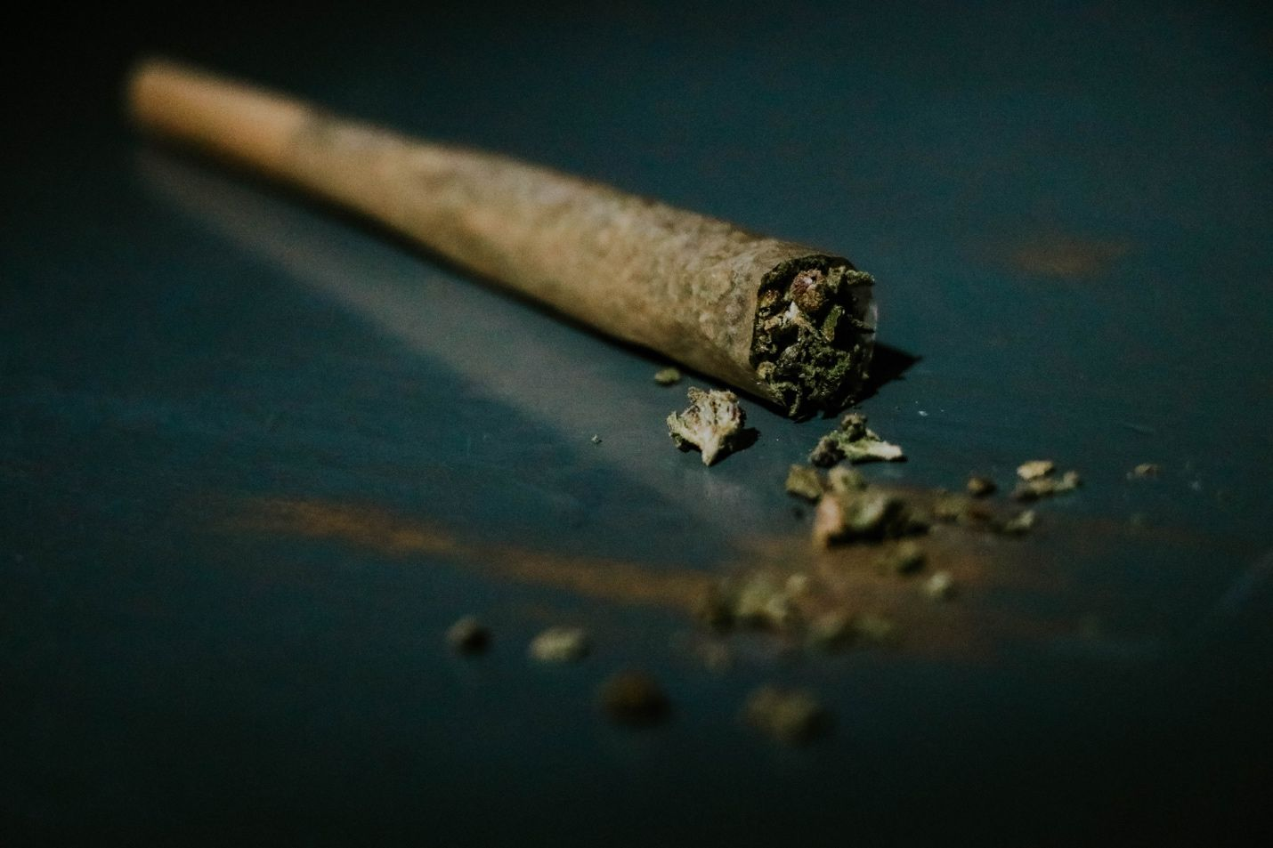 7 Steps to Rolling the Perfect Joint